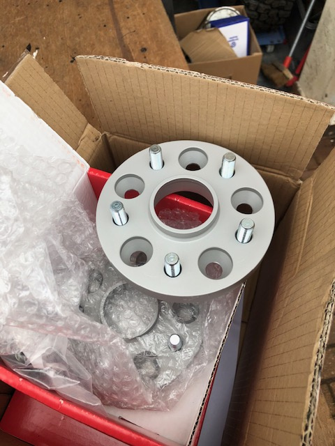 wheelspacers.jpg